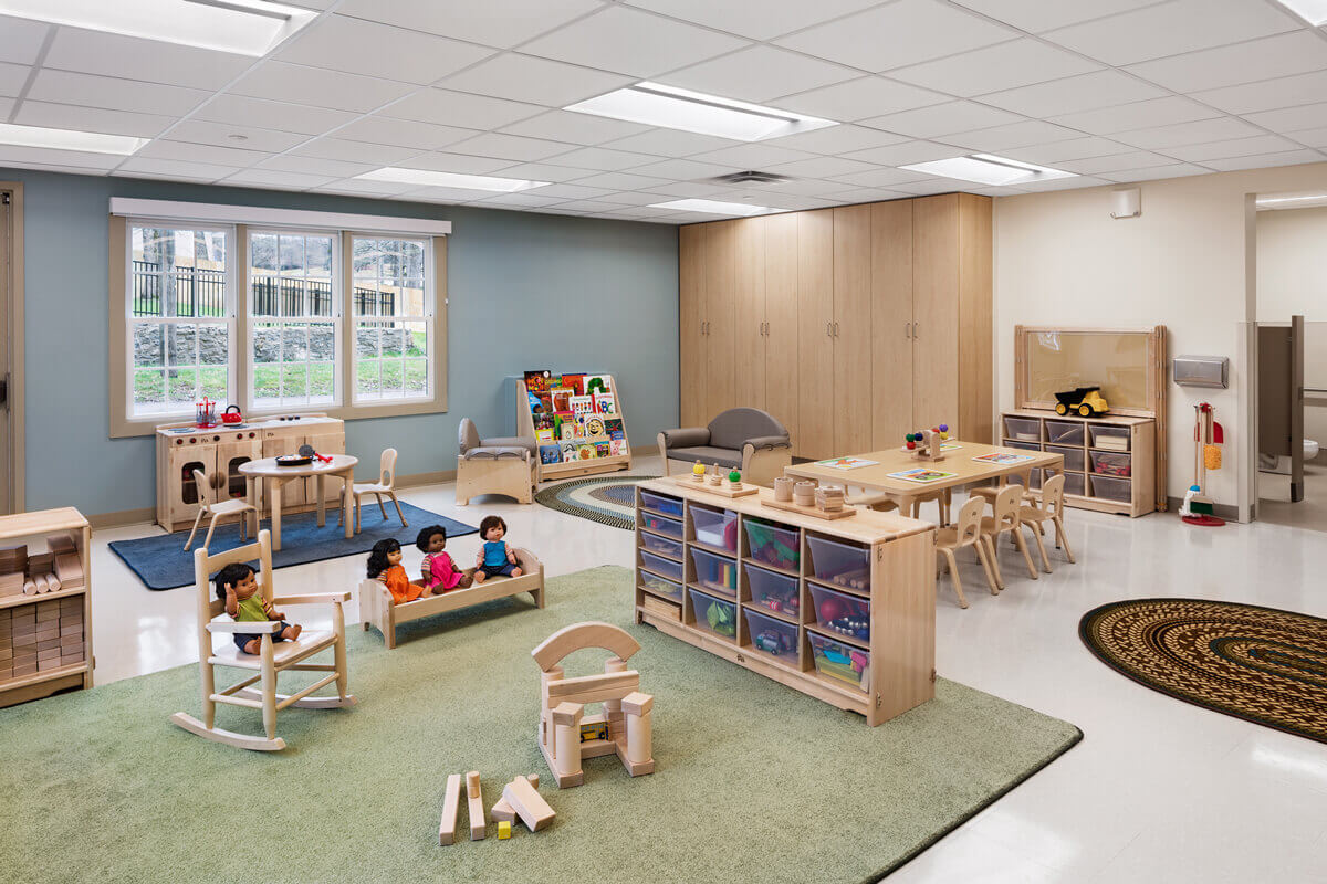 vumcdaycare-knob-road-toddler-room-entry-view